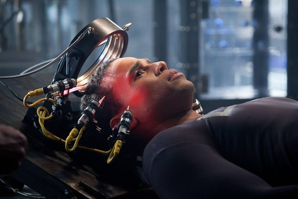 FOX's Upcoming Sci-Fi Action-Series Almost Human Trailer (Video)